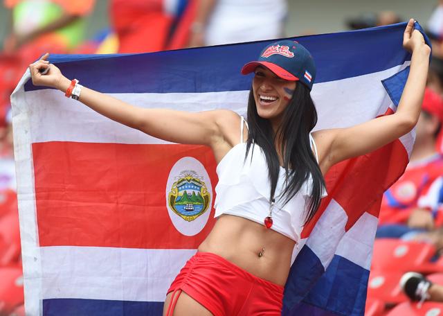 世界杯图报:32强女球迷回顾(下)